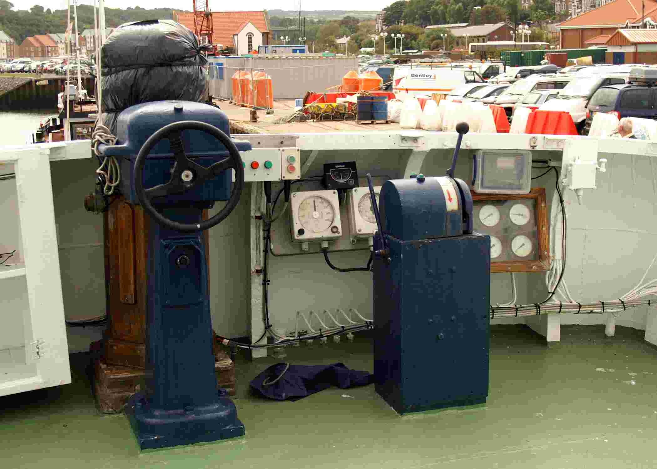 The Tugs Flybridge