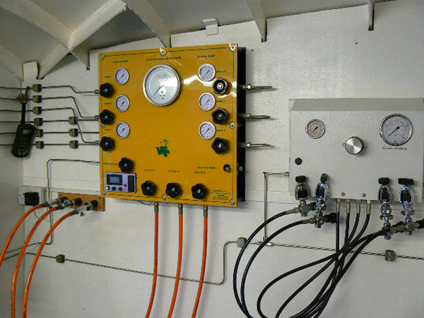 Trimix / Nitrox Blending Panel